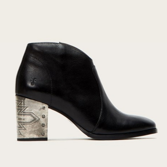 03673f61294 Frye - NORA OMAHA SHORT Boot